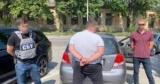 Кировоградских депутатов поймали на взятке от бизнесмена: при обыске нашли арсенал оружия